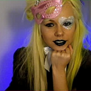 Kerli during a Kyte chat