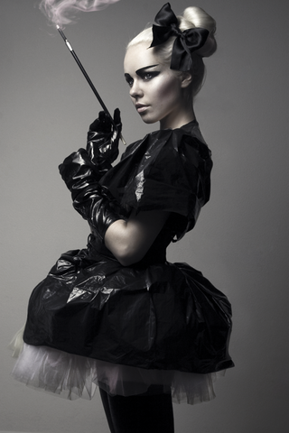 File:Kerli trash dress1.png