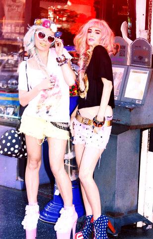 File:Audrey Kitching Tokyolux Hollywoodland Kerli 30.jpg