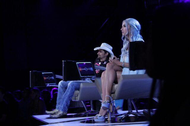 File:Keshas twitter 41 2014.jpg