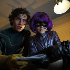 Dave and Hit-Girl prepare to launch their assault on Frank D'Amico's headquarters.