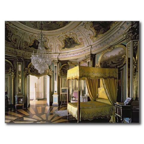 File:The royal bedroom in the hall of don quixote postcard-r70327f91ff6843a7aa96971274a46534 vgbaq 8byvr 512.jpg