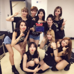 TWICE thank ONCE with thumbs up