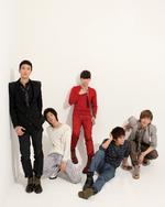 SHINee Hello group photo