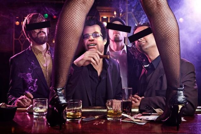 File:Dead rising frank in strip club.jpg