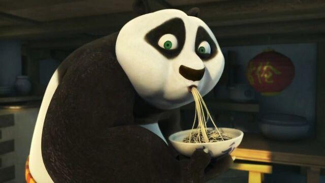 File:Po Eating Bowl of Noodles.jpg