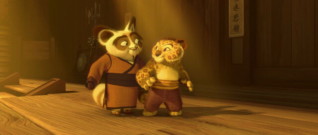 File:Shifu and Young Tai Lung.jpg