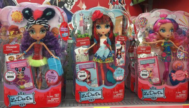 File:La-Dee-Da-dolls-in-store-fb.jpg