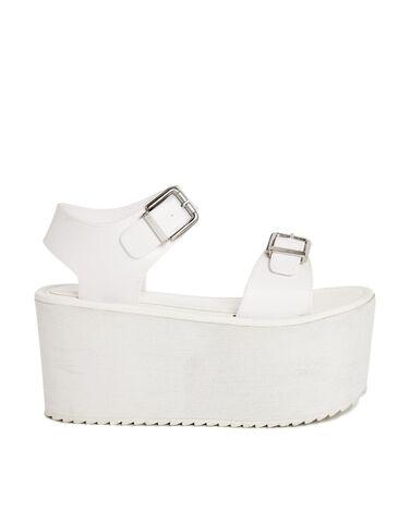 File:YRU - Orion white sandals.jpg