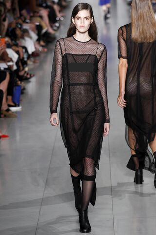 File:DKNY - Spring-Summer 2016 RTW Collection.jpg