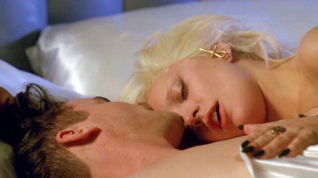 File:AHS Hotel - She Wants Revenge 022.jpg