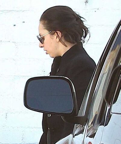 File:9-20-13 Arriving at Recording Studio 001.jpg