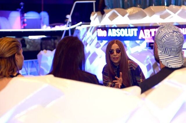 File:5-15-14 Absolut Lounge Press at Wells Fargo Center in Pennsylvania 001.jpg