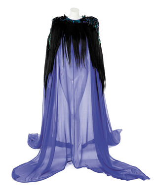 File:Holly Russell Blue Jewel Beetle Gown.jpg