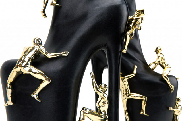 File:United Nude FAME shoes 004.png