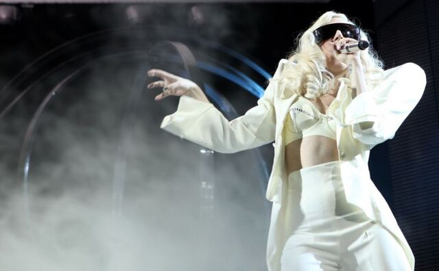 File:The Monster Ball at Pearl Concert Theater 12-18-09.jpg