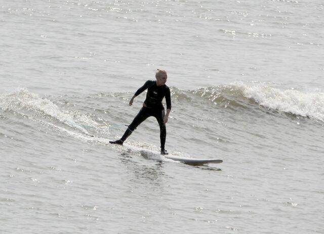 File:8-16-11 Surf in La Lancha Beach in Puerto Vallarta 004.jpg