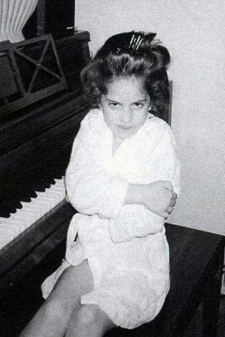 File:Young Gaga at Piano.png
