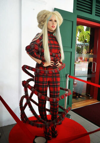 File:Lady-gaga-1.JPG
