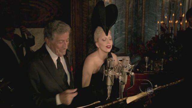 File:11-24-11 A Very Gaga Thanksgiving 2.jpg