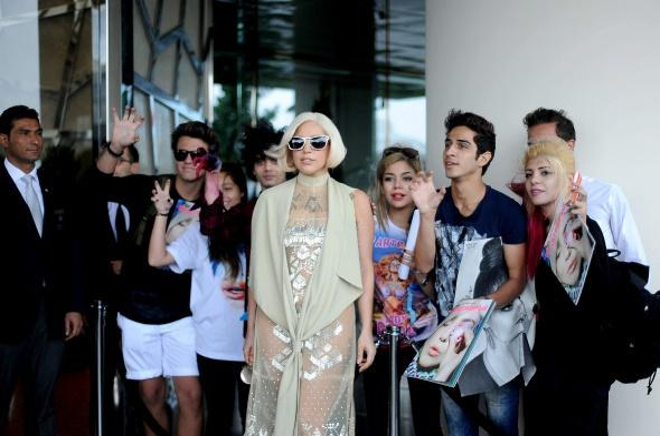 File:9-17-14 Leaving the Raffles Hotel in Istanbul 002.jpeg