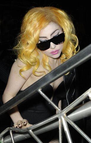 File:Lady gaga arriving at score nightclub.jpg