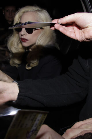 File:Lady gaga leaving venue in vancouver.jpg