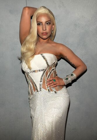 File:3-2-14 Vanity Fair Oscars After Party Portrait 002.jpg