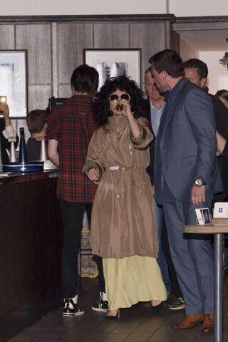 File:10-6-14 Leaving a Restaurant in Cologne 001.jpg