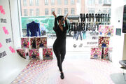 ARTPOP Pop Up Just Dance 2014 004