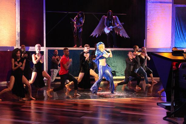 File:4-28-11 The Ellen DeGeneres Show Rehearsing 011.jpg