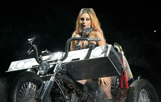 File:The Born This Way Ball Tour Hair 004.jpg