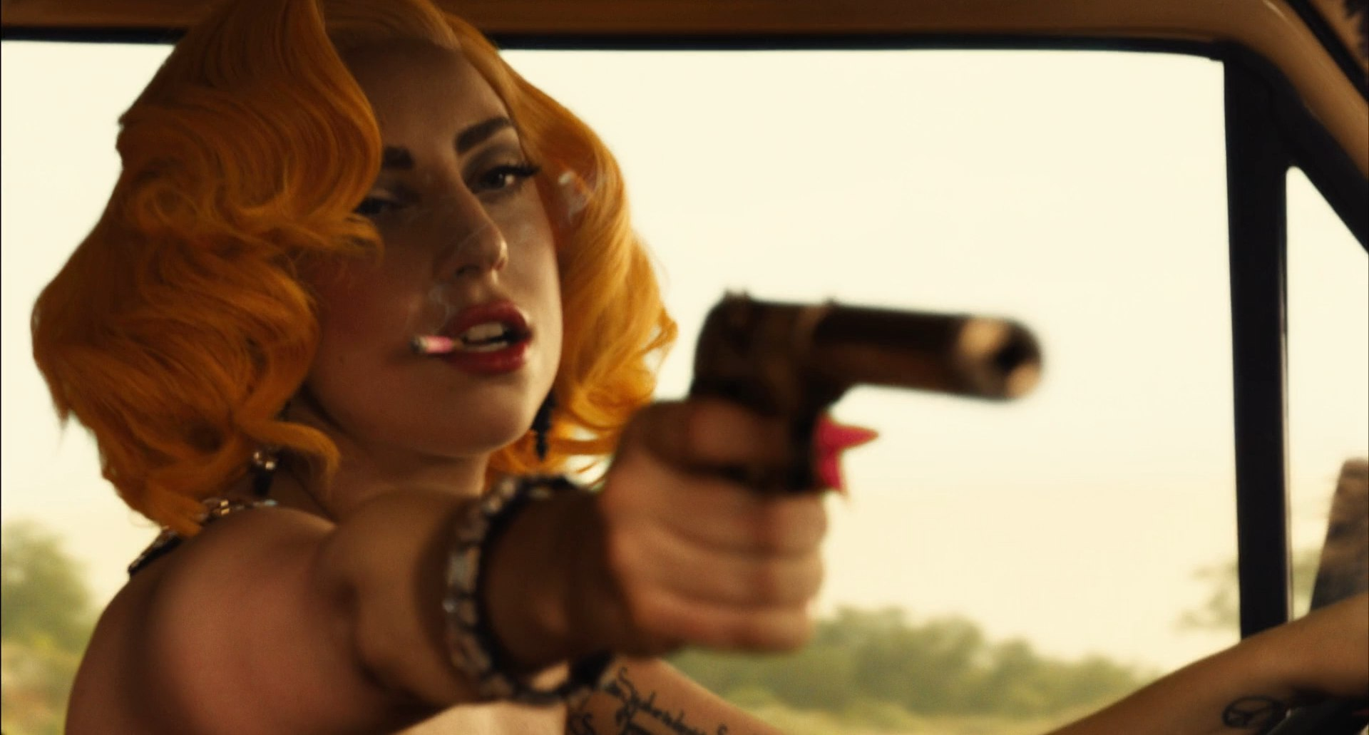 File:Machete Kills Trailer 011.jpg