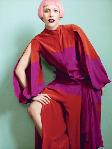 File:Vogue 2011 03.jpg