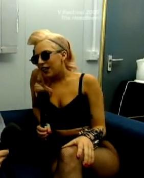 File:8-23-09 VFest Backstage Interview 2.jpg
