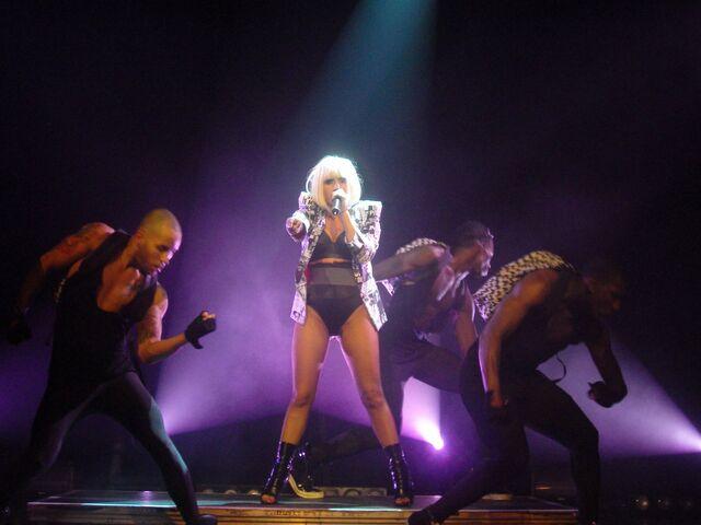 File:6-19-09 The Fame Ball Tour at Kool Haus in Toronto 002.JPG