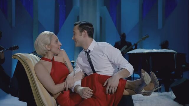 File:Lady Gaga & The Muppets' Holiday Spectacular & Joseph Gordon-Levitt - Baby it's Cold Outside 001.jpg