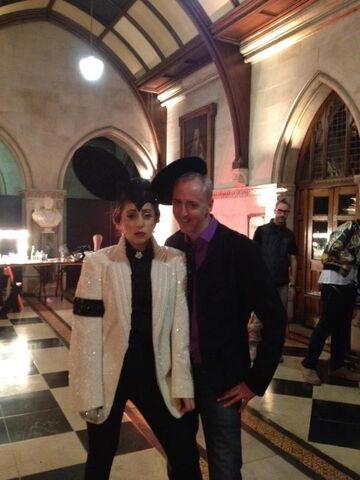 File:9-16-12 Leaving London Fashion Week 006.jpg