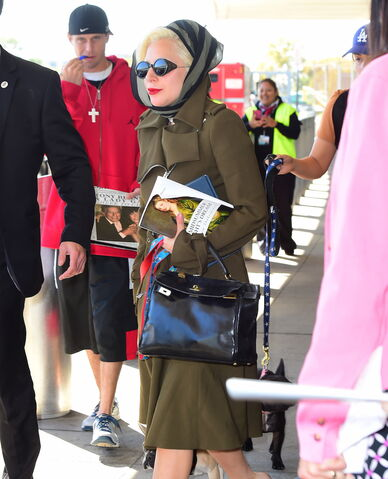 File:10-10-15 Leaving LaGuardia Airport in NYC 002.jpg