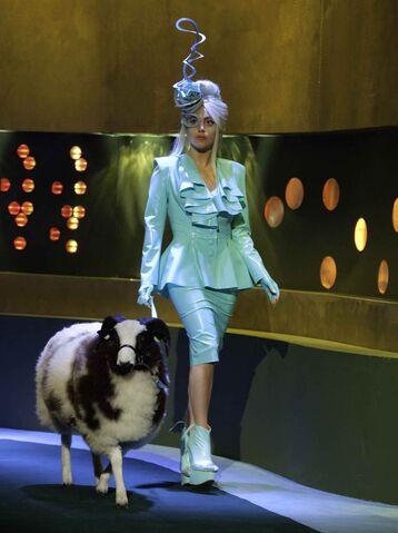 File:Lady-Gaga-Jonathan-Ross.jpg