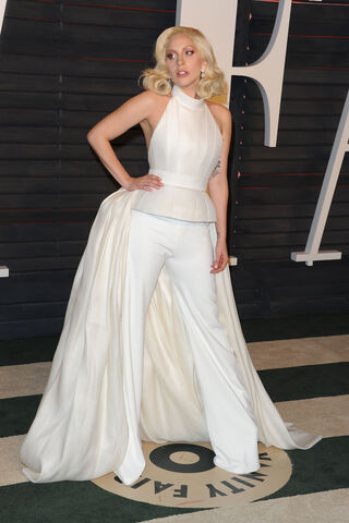 File:2-28-16 Vanity Fair Oscar Afterparty in LA 006.jpg