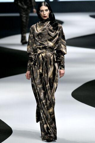 File:Viktor & Rolf Fall Winter 2012 silk charmeuse abstract animal print blouse and pants.jpg