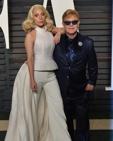 File:2-28-16 Vanity Fair Oscar Afterparty in LA 001.jpg
