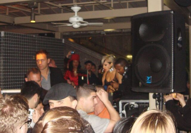 File:5-19-11 SNL Afterparty 005.jpg