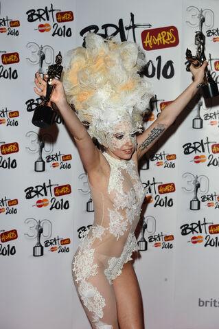 File:Brit Awards 2010 2.jpg