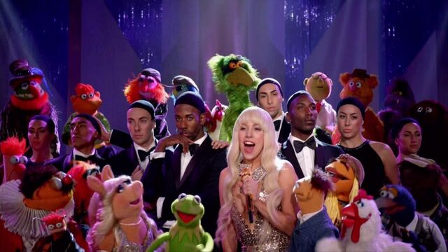 File:10-8-13 Muppets Special Applause Closing 001.jpg