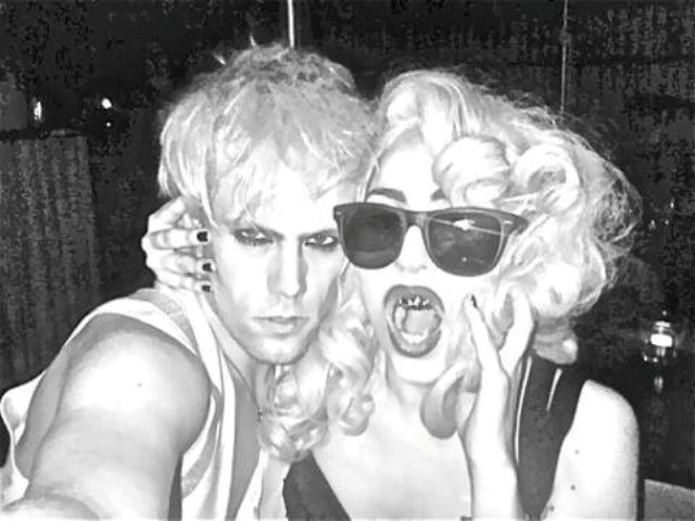 File:3-21-10 With Justin Tranter in Sydney 001.jpg