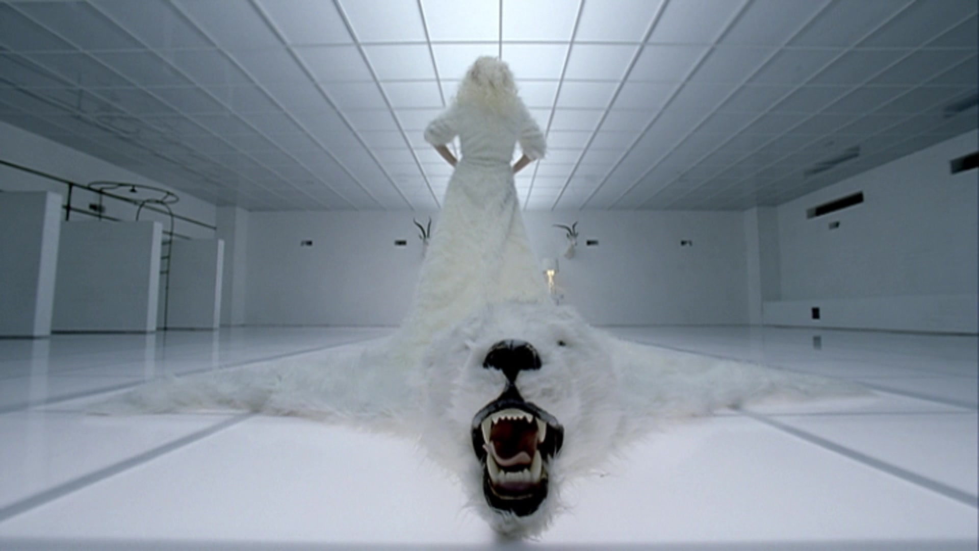 File:Lady Gaga - Bad Romance 039.jpg