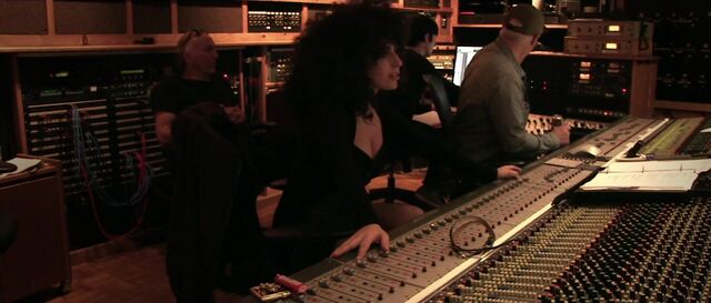 File:Anything Goes - Studio Video 012.jpg