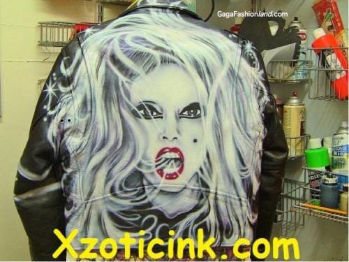 File:Lady-gaga-nat-airbrush-jack4-500x375.jpg